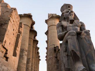 Ramsesstatue, Foto: Edgardo W. Olivera / flickr CC BY 2.0