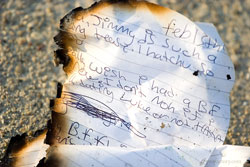 Notizen verbrennen und mit der Vergangenheit abschließen
